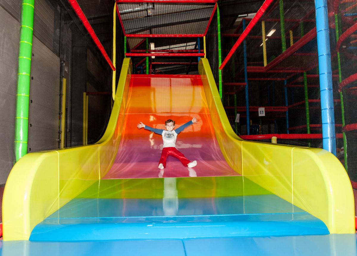 Candy park le parc de jeux chalon sur sane paradis des for Horaire piscine chalon sur saone